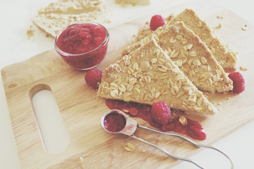 Oatmeal Shortbread with Raspberry Compote