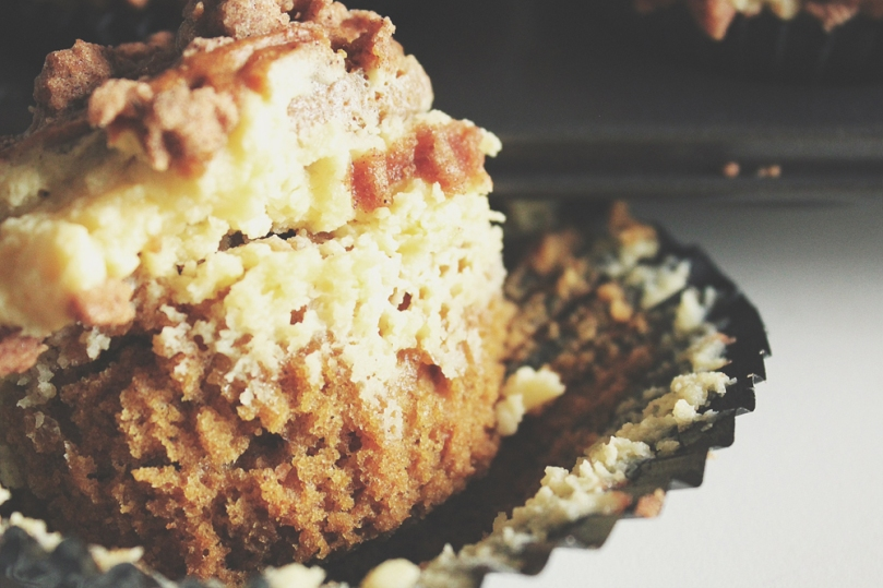 Breakfast Muffins: Pumpkin & Cheesecake with a Brown Sugar Streusel