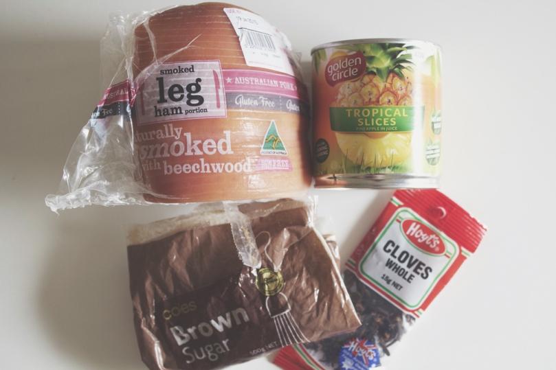 Pineapple-glazed Ham Ingredients