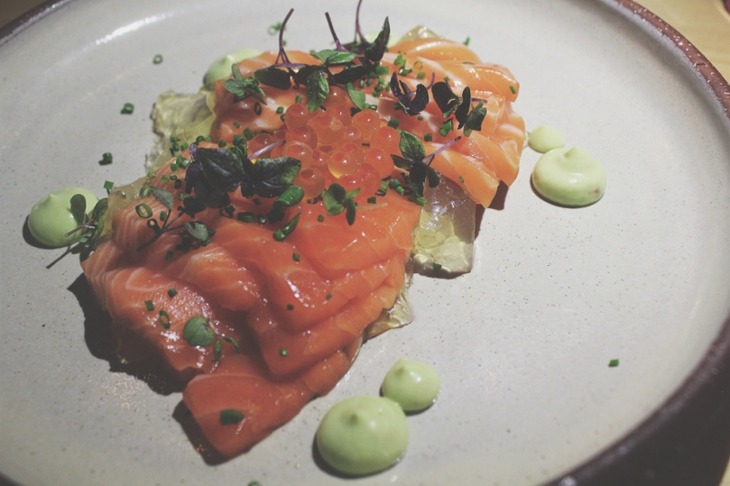 Devon Café (Devon by Night) - ENTRÉE: King Salmon Sashimi, Avocado, Jelly, Ikura, Chives