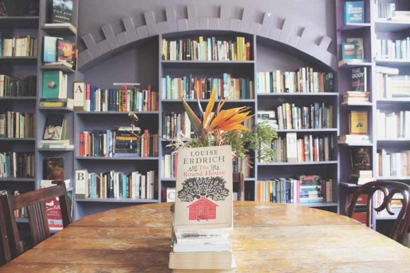 Ampersand Café & Bookstore
