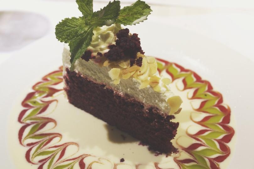 Arabela, Camello's Bakehaus & Coffee Shop - DESSERTS: RED VELVET