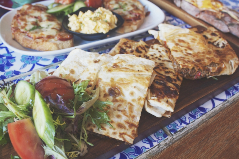 Yeniköy Café and Restaurant - KIYMALI GÖZLEME