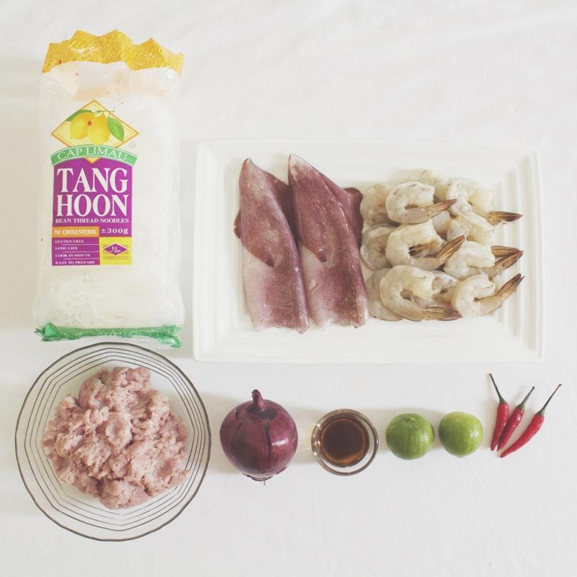 Yum Woon Sen (ยำวุ้นเส้น) Ingredients