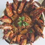 Goong Ob Woon Sen (กุ้งอบวุ้นเส้น) Prawns and Glass Noodles in Claypot
