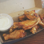 Mr Crackles: Buffalo Wings & Blue Cheese Dip