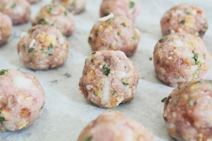 Svenska Köttbullar (Swedish Meatballs)