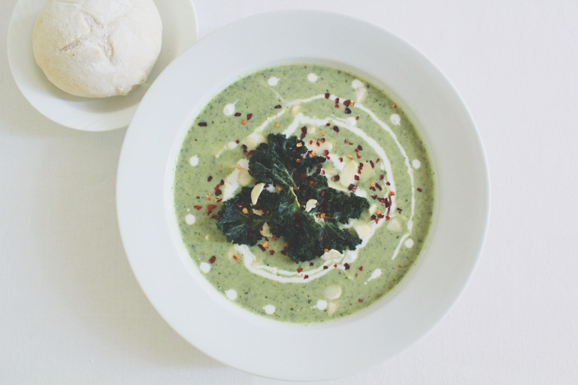 Vegan Broccoli & Kale Soup