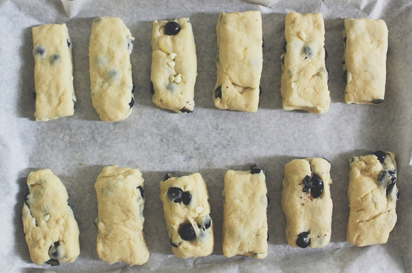 Blueberry Lemon & White Chocolate Scones