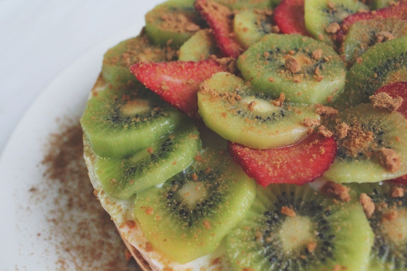 Strawberry Kiwi Lime Yoghurt Cake