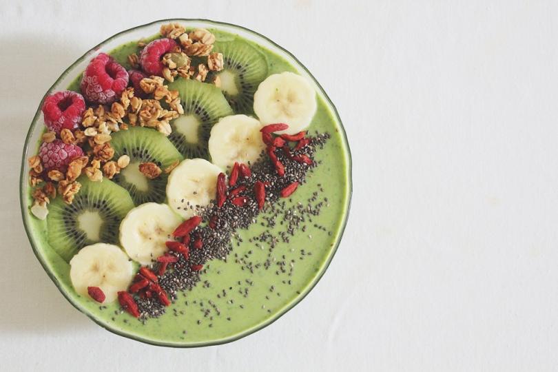 Avocado & Spinach Smoothie Bowl