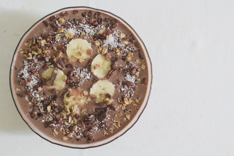 Dark Chocolate, PB & Banana Smoothie Bowl