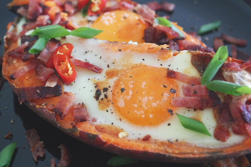 Baked Sweet Potato & Egg Brekkie Boats