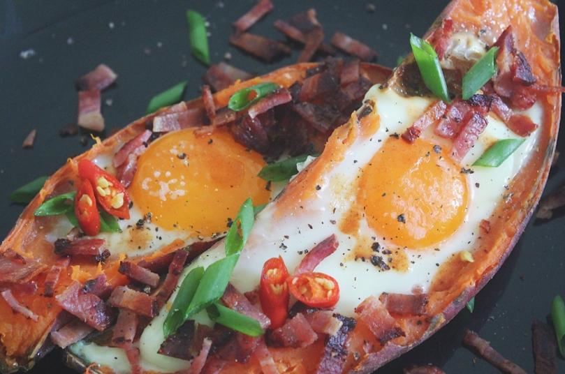 Baked Sweet Potato & Egg Brekkie Boats