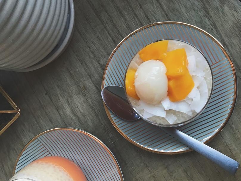 Mango Pudding with Coconut Sago
