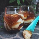 Taho (Silken Tofu with Syrup & Tapioca Pearls)