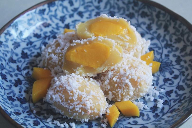 Mango Mochi (マンゴー餅)