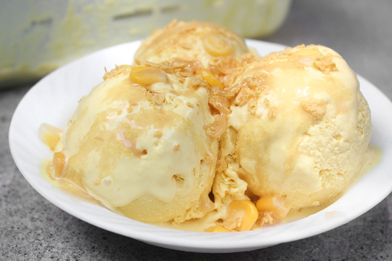 Salted Sweet Corn Ice Cream (No-churn)