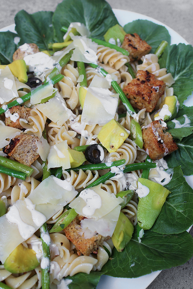 Garlic Bread Pasta Salad