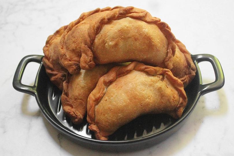 Karipap (Malay-style Curry Puffs)